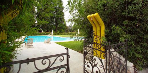 Essedue piscine docce per piscine interrate esterne gorizia italia - Docce per piscine esterne ...