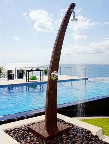 Essedue piscine docce per piscine interrate esterne for Piscine esterne rettangolari
