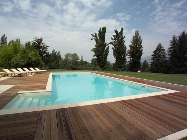 Essedue piscine realizzazione e progettazione piscine for Immagini piscine design